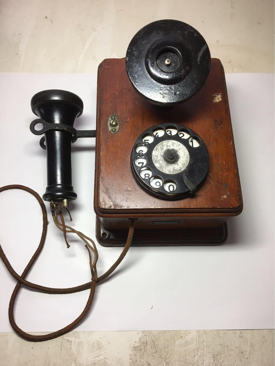 古い電話機 日本電気株式会社