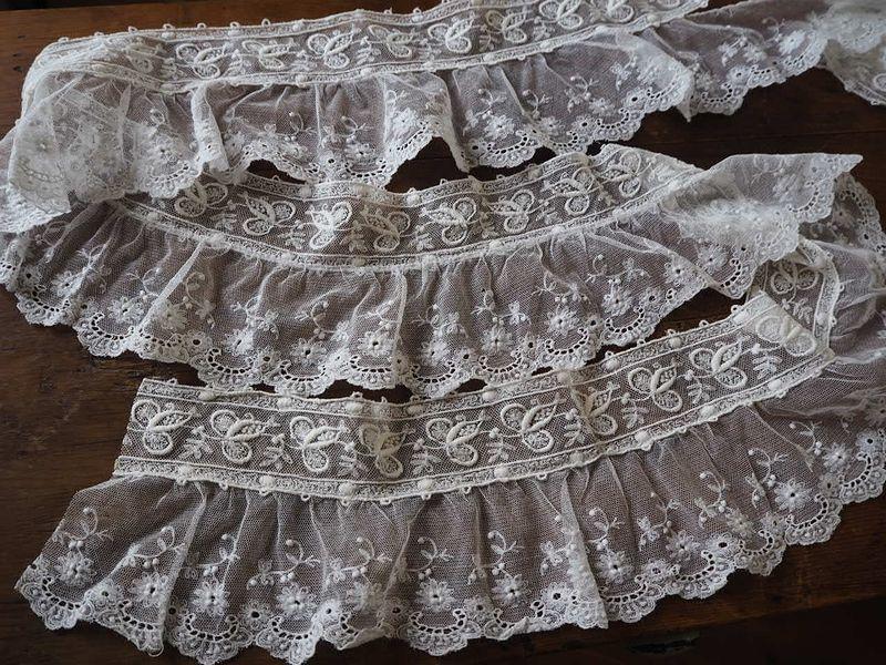 フランス アンティーク美しい白の刺繍 幅色2種チュールレース花カットワーク ドール ボネ ドレス リメイク ハンドメイド ボタニカル パネル_画像4