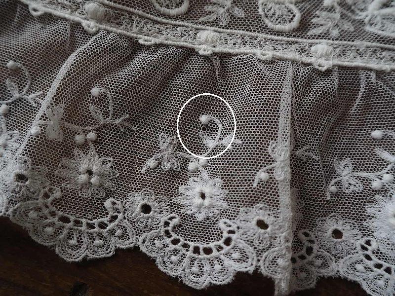 フランス アンティーク美しい白の刺繍 幅色2種チュールレース花カットワーク ドール ボネ ドレス リメイク ハンドメイド ボタニカル パネル_画像7