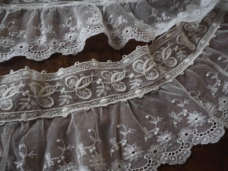 フランス アンティーク美しい白の刺繍 幅色2種チュールレース花カットワーク ドール ボネ ドレス リメイク ハンドメイド ボタニカル パネル_画像9