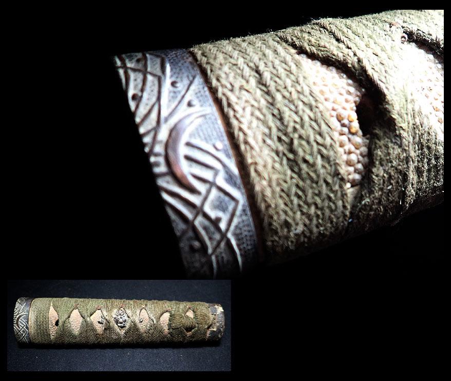 【海蛍】刀装具 柄(緑茶糸巻) 古銅三日月に蛍縁頭 布袋目貫 時代物_画像1