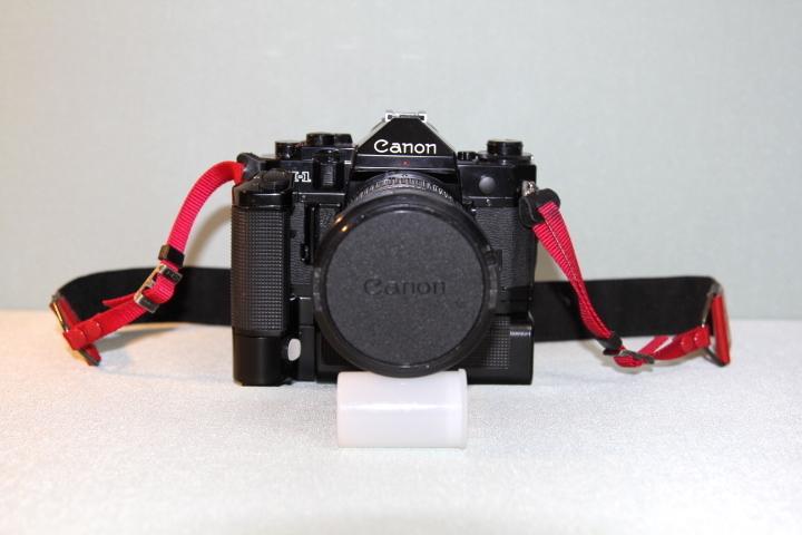 中古 Canon A-1 本体 35-105mm レンズ モータードライブセット データバック付 シャッター動作確認_画像3
