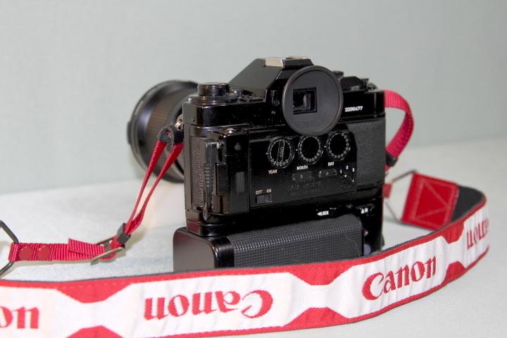 中古 Canon A-1 本体 35-105mm レンズ モータードライブセット データバック付 シャッター動作確認_画像5