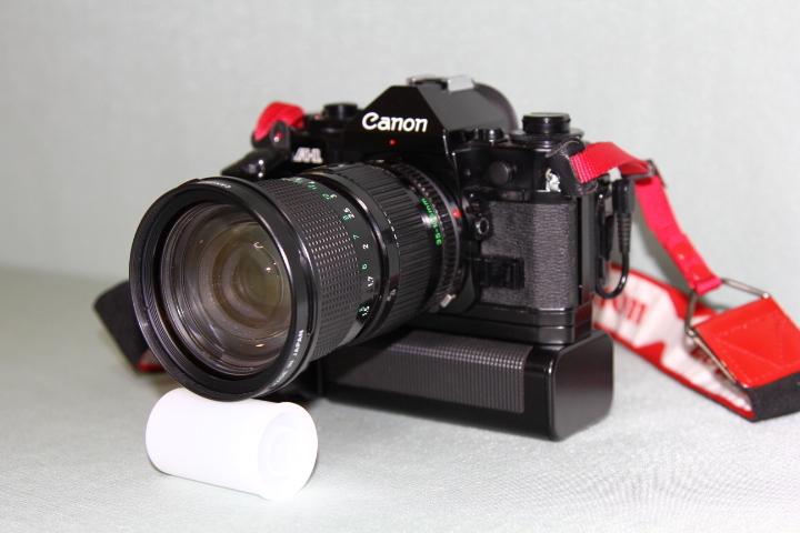 中古 Canon A-1 本体 35-105mm レンズ モータードライブセット データバック付 シャッター動作確認_画像2