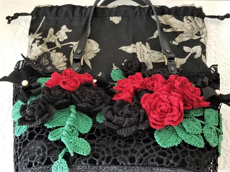 レース手編み 赤&黒バラ・ミシン刺繍ちょうちょ・本真珠のレースカゴ巾着バッグ・本革持ち手_画像8