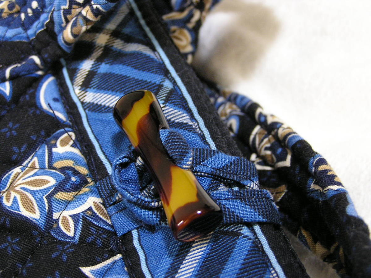 ヴェラブラッドリー/Vera Bradley/紺×ブルー系プリント柄/キルティングトートバッグ/共布メガネケース付き/B5対応/USA製_画像4