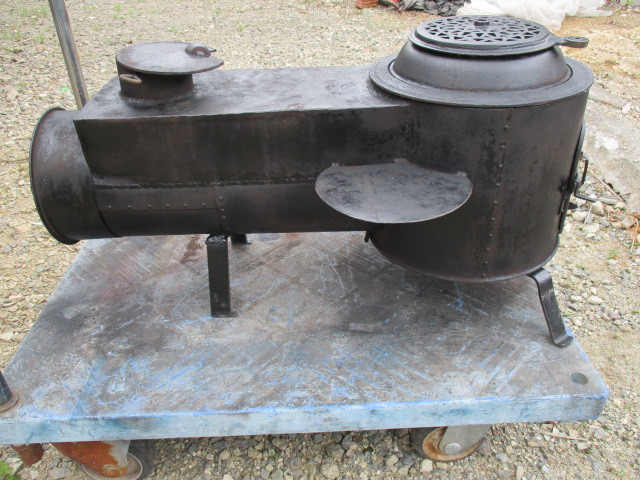 ★鉄製薪ストーブ、長い薪が燃やせます☆中古