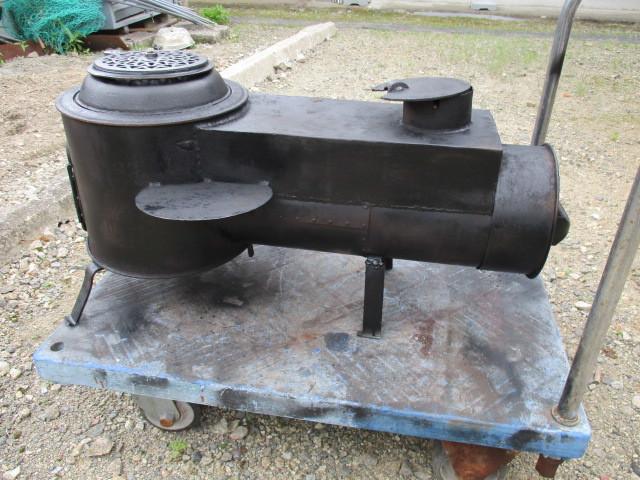 ★鉄製薪ストーブ、長い薪が燃やせます☆中古_画像2
