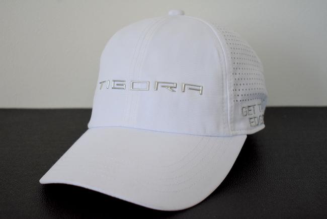 訳あり【ティゴラ TIGORA】キャップ 10-364◆未使用◆クールなメタル調ロゴ★ホワイト 白 フリーサイズ 帽子 スポーツ レジャー 激安