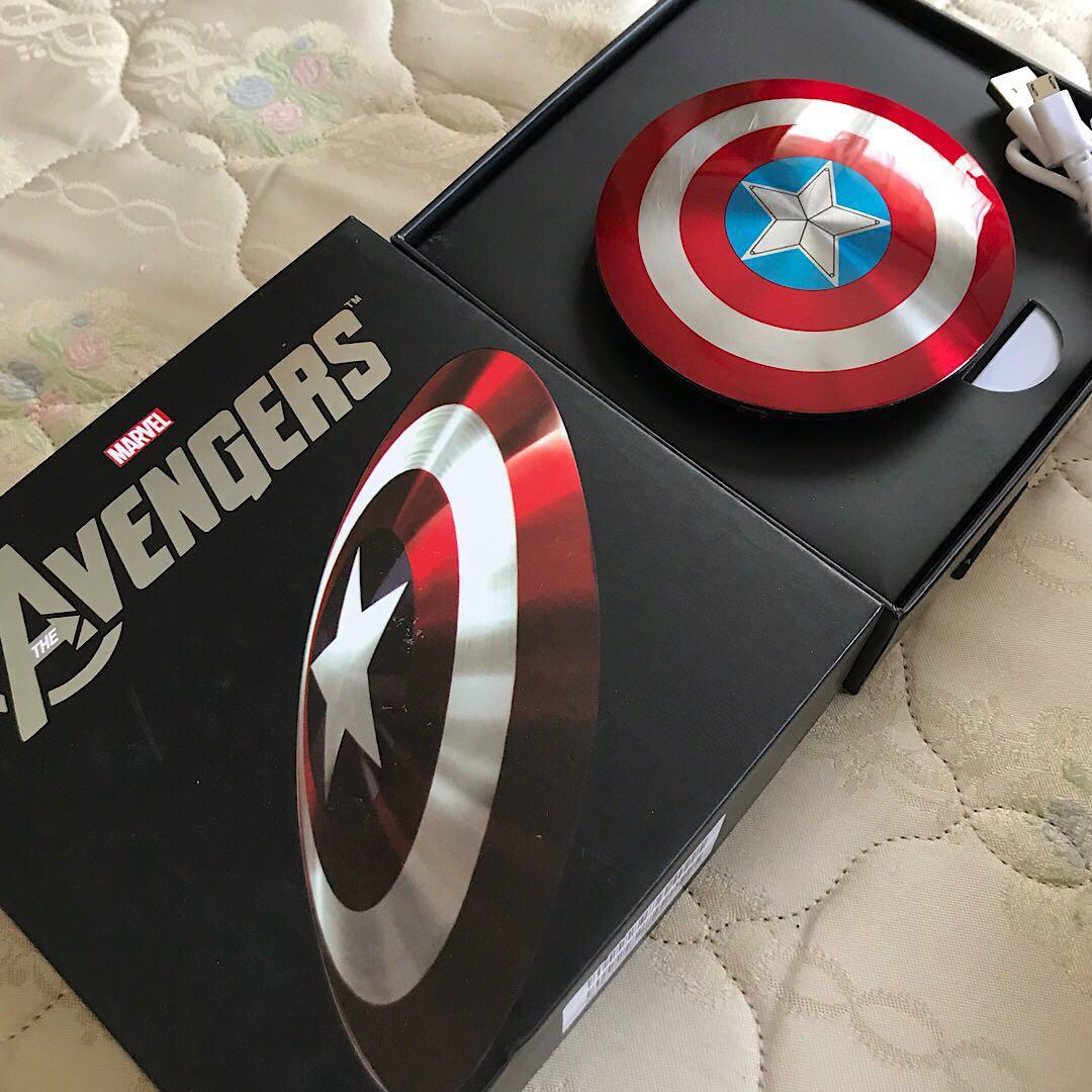 【スーパーセット】キャプテンアメリカ アイアンマン モバイルバッテリー 【MARVEL AVENGERS 】iphone airpods iqosにも使えます!送料無料_画像5