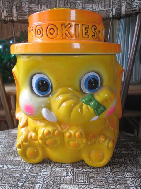 70's アメリカアンティーク ぞうのクッキージャー レトロUSAビンテージ/蚤の市アメリカ雑貨店舗ヒッピーキノコ西海岸アドバタイジング_画像1