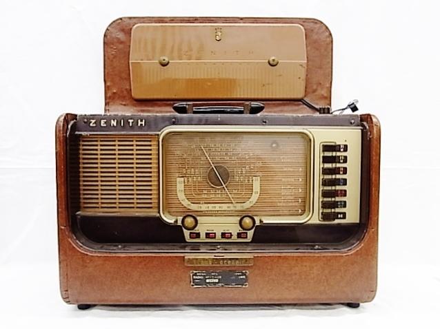 ab4011  ヴィンテージ ZENITH TRANS-OCEANIC  電池式 真空管ラジオ ジャンク