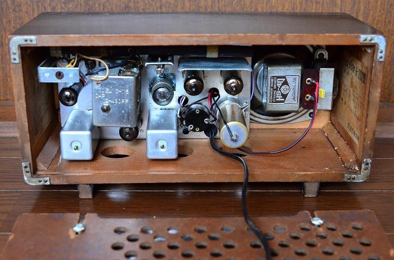 日立 トランスレス真空管ラジオ H-202 フェライトバー式で高感度です。_画像6