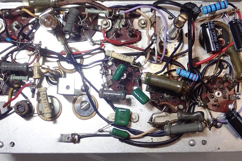 日立 トランスレス真空管ラジオ H-202 フェライトバー式で高感度です。_画像10