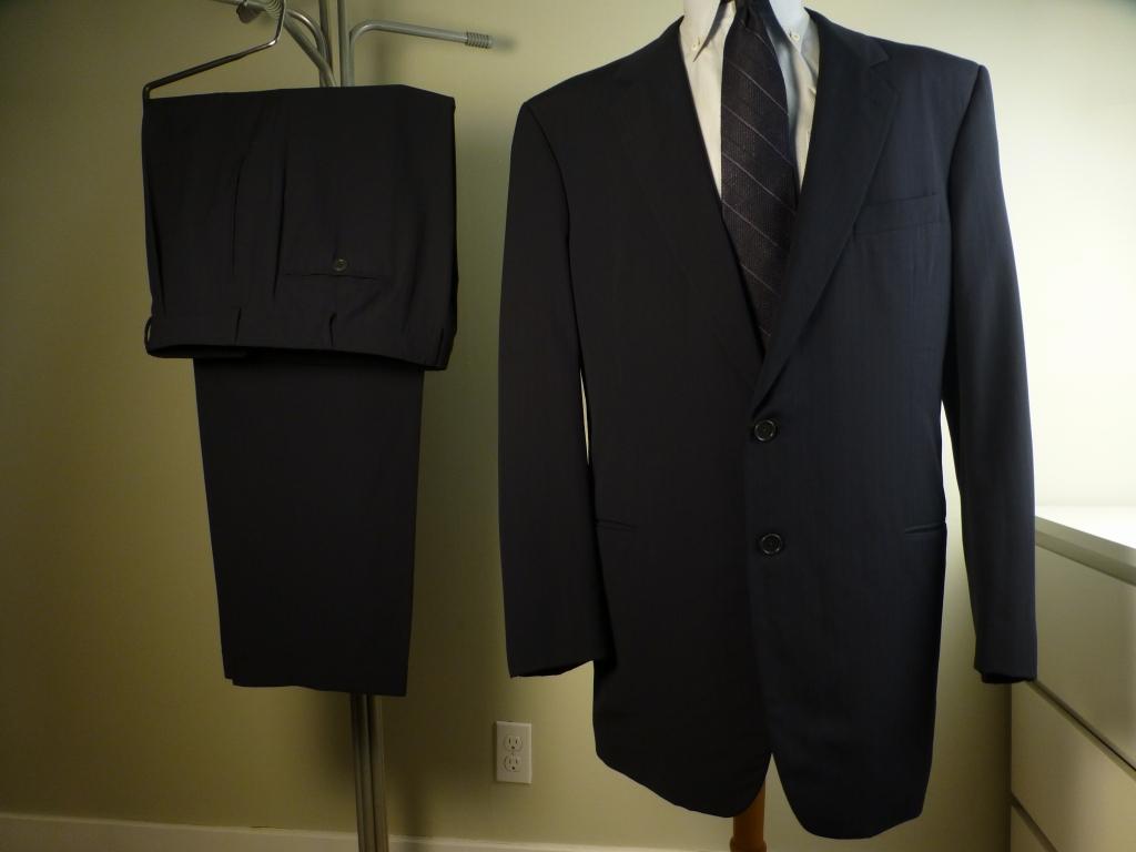 ◆ARMANI アルマーニ スーツ 黒ラベル 56L キングサイズ ブラックレーベル 紺ストライプ_画像1