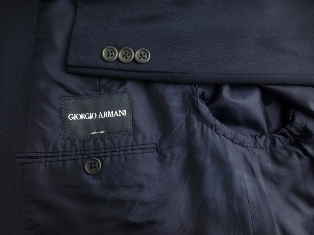◆ARMANI アルマーニ スーツ 黒ラベル 56L キングサイズ ブラックレーベル 紺ストライプ_画像2