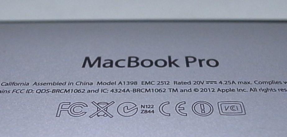 MacBookPro Mid 2012 MC976J/A Corei7 Quad-Core 2.6GHz 15インチ Retinaディスプレイモデル 部品取り ジャンク_画像3