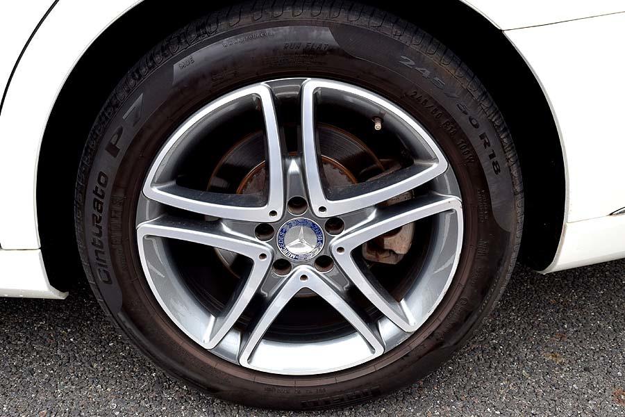 実走行30200km 2015年モデル メルセデスベンツS400hラグジュアリーPKG 人気のダイヤモンドホワイト 黒革 18AW ETC 現車確認如何ですか?_画像10