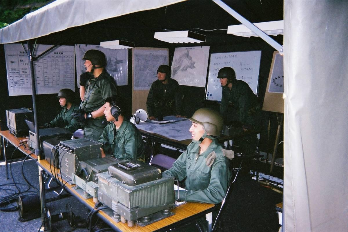 陸自JRT-F6無線機(スペシャル機)_ゴジラ