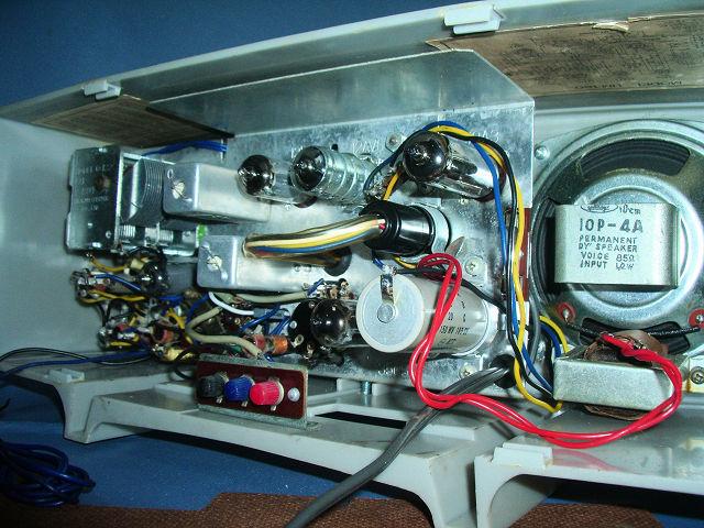 シャープ 真空管ラジオ 2バンド5級スーパー(マジックアイ付き)UM-160 動作品_画像6