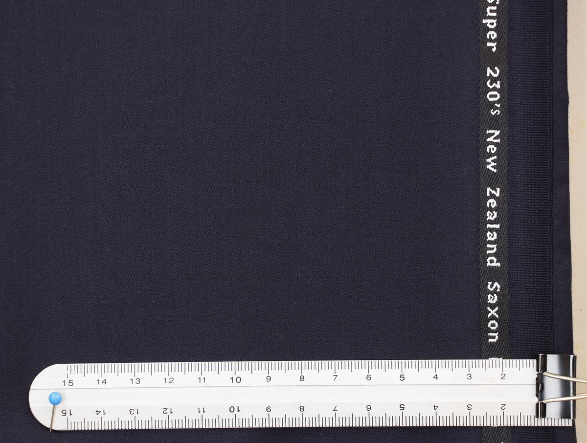★ドーメル社・インフィニティ3・服地の価格200万円・濃紺無地・ギフトボックス付き_画像3