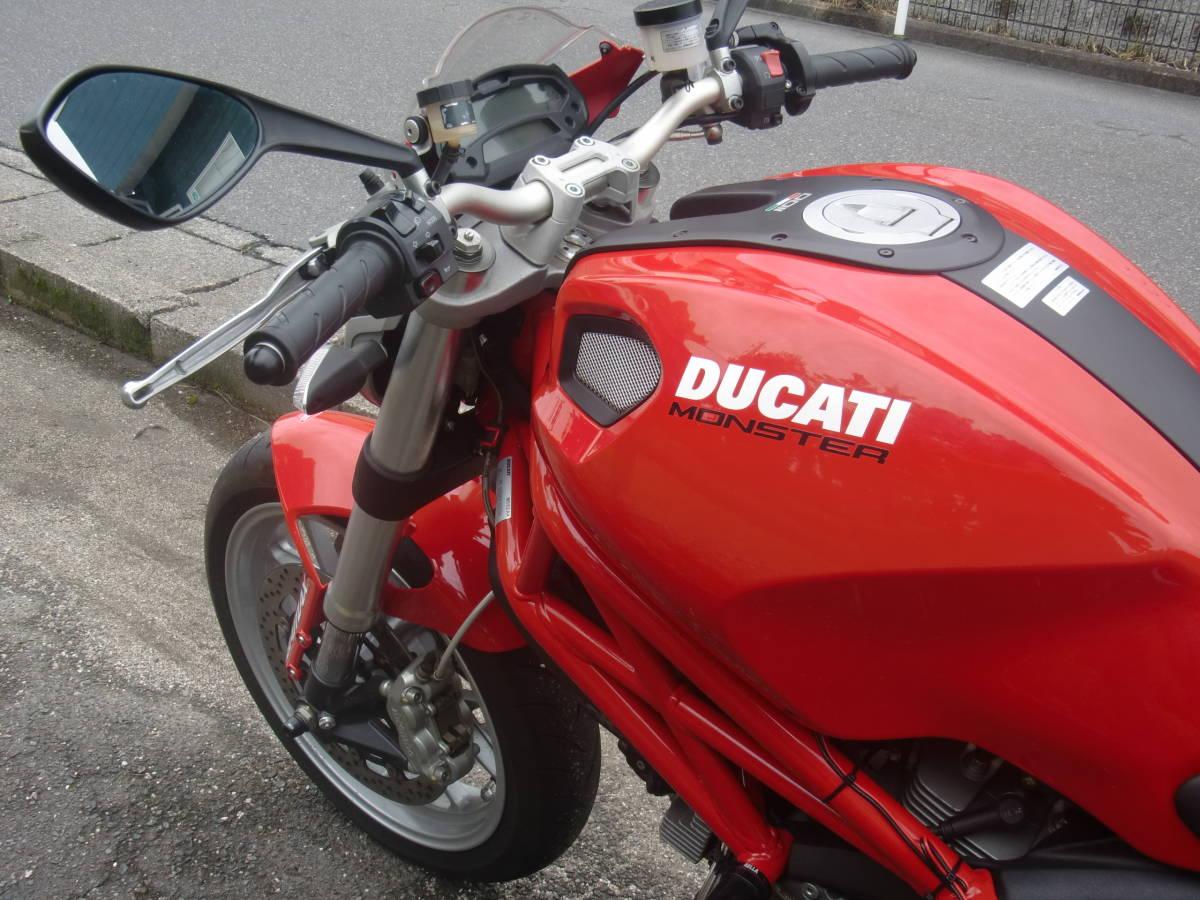 DUCATI ドカティ モンスター1100/M1100車検付き 乗り出し価格 走行僅か3600km ベルト交換もできます_画像8
