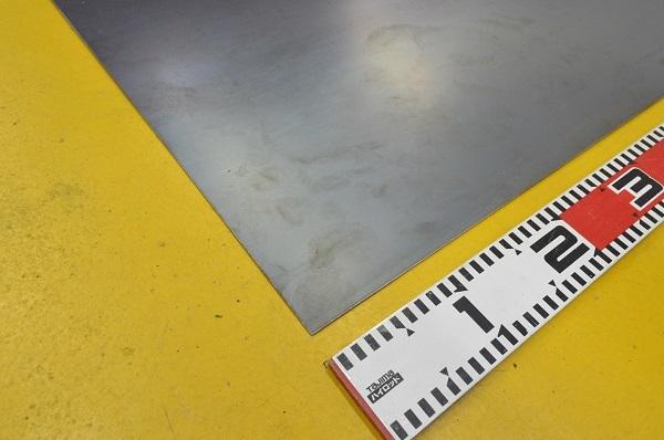 鉄 黒皮熱間圧延鋼板(1.6~6.0mm厚)の(914x600~450x300mm)定寸・枚数販売F11_画像3