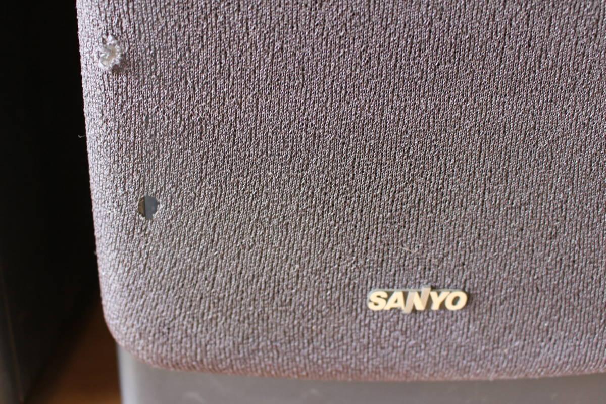 ▲ の-475 スピーカー 型番:DC-LD5 SP 通電OK サンヨー(SANYO)単品:高さ39cm 幅18.5cm 奥行26cm 重さ5.3kg _画像4