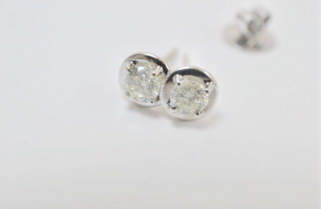 ☆ 極美品 K 18 WG ダイアモンド ピアス D 0.72ct × 0.72ct ☆ ダイヤ
