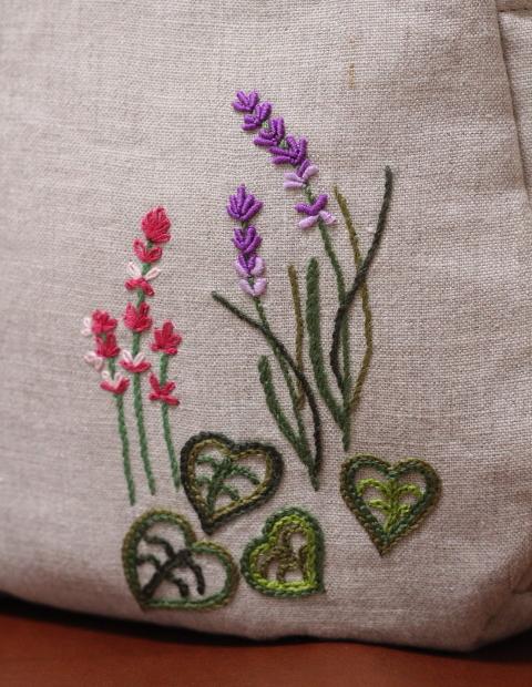 ◆シルエットうさぎ&シロツメクサと野の花の庭◆手刺繍◆リトアニアリネン◆本革持ち手◆ハンドメイドHandmade◆_画像9