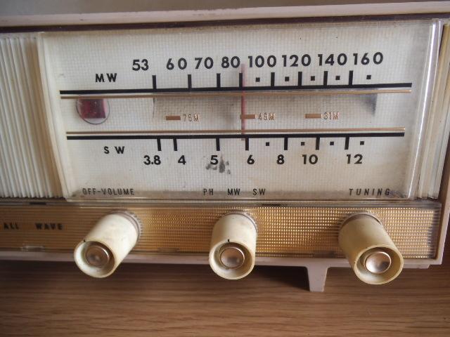 ビクター真空管ラジオ MW SW 2BAND ジャンク_画像6