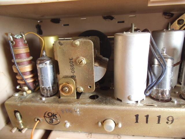 ビクター真空管ラジオ MW SW 2BAND ジャンク_画像4