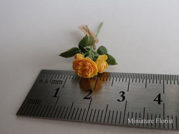 ミニチュア 木箱入りグラハムトーマス 粘土の花 クレイフラワー ドールハウス ハンドメイド バラ イングリッシュローズ _画像3
