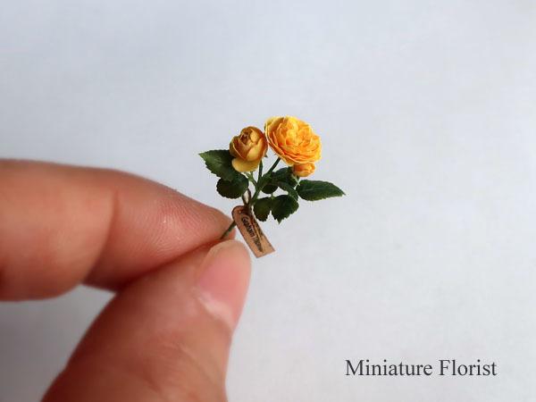 ミニチュア 木箱入りグラハムトーマス 粘土の花 クレイフラワー ドールハウス ハンドメイド バラ イングリッシュローズ _画像4