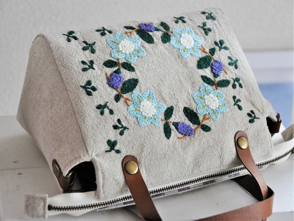 yokuatareハンドメイド*両面手刺繍でいっぱいのバッグ*長さ調整と取り外しできるショルダーコード付き_画像5