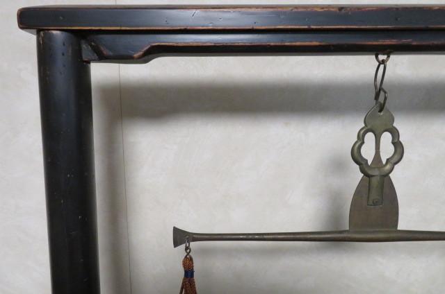 ☆ 古民具☆江戸期 両替商 天秤台はかり 銅製まゆ型分銅15個 木製分銅10個 ☆_画像2