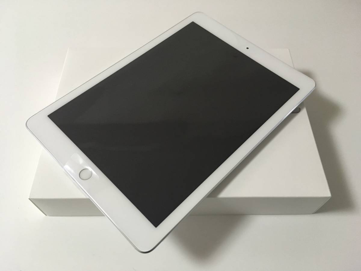 送料無料 SIMロック解除済み SIMフリー docomo iPad 9.7インチ Wi-Fi+Cellular 32GB Silver 新品_画像2