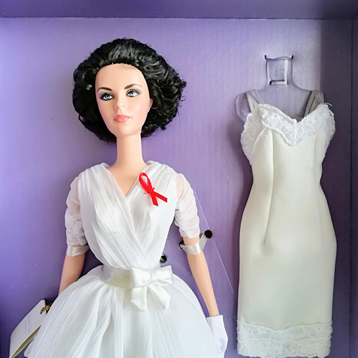 バービー人形 ホワイトダイヤモンド ゴールドラベル エリザベス・テイラー 女優 barbie collector gold label elizabeth taylor _画像2