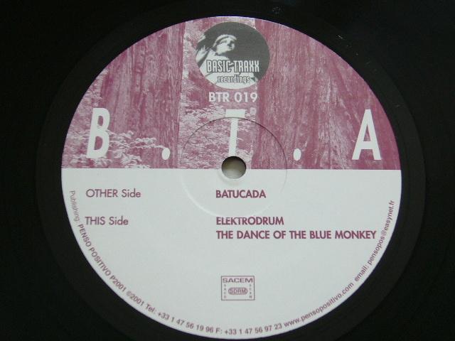 B.T.A./BATUCADA/ELEKTRODRUM/THE DANCE OF THE BLUE MONKEY / 2001年盤 / BTR 019 / FRANCE盤 / 試聴検査済み_画像2