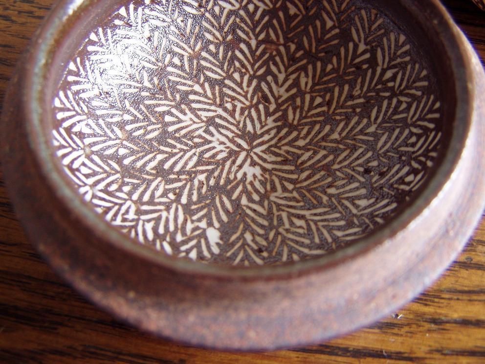 ◆コレクション処分◆象嵌の名手・金田鹿男、象嵌小紋三島手香合(共箱)笠間焼_画像8