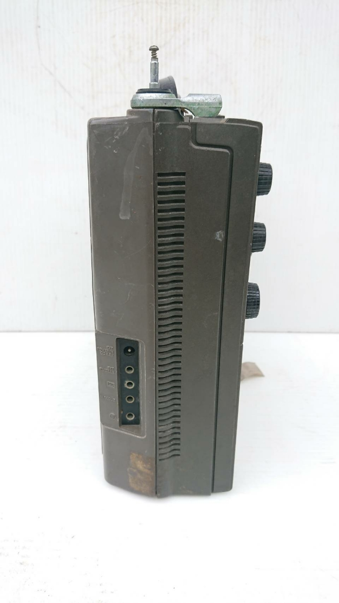 SONY ICF-5900 ジャンク アンティーク_画像4