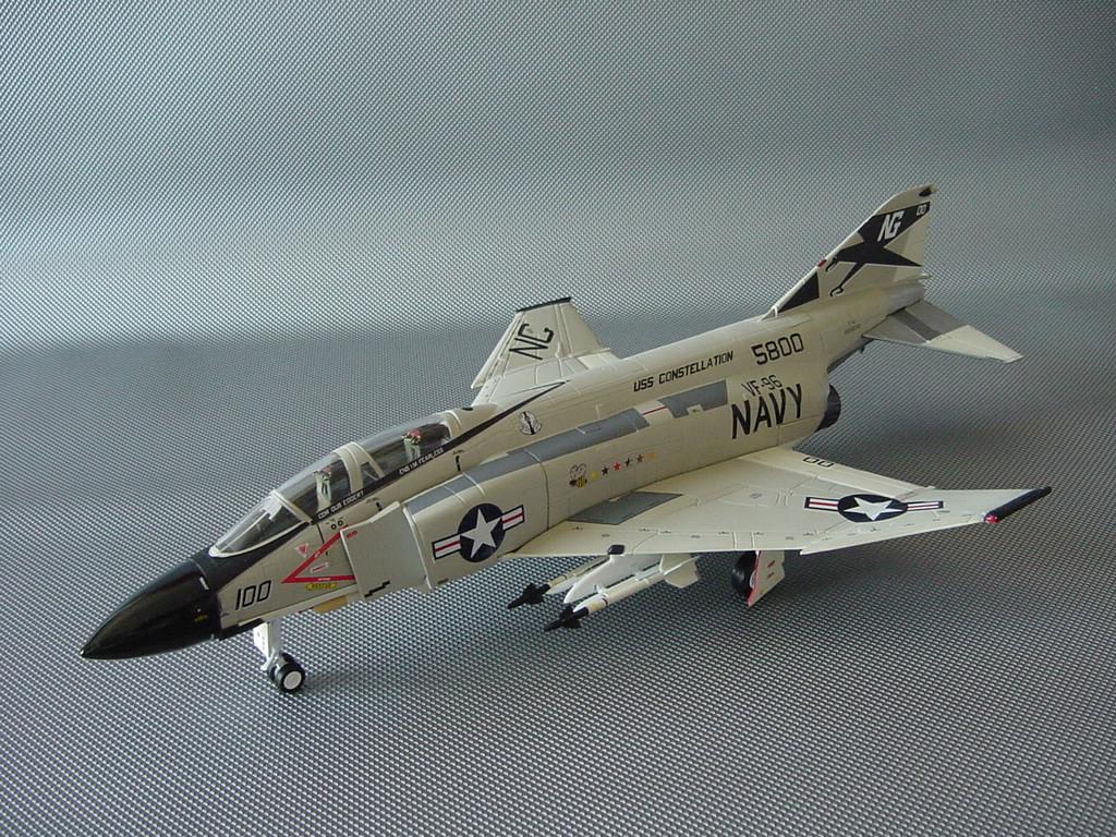 ☆ F-4J ファントム アメリカ海軍 フランクリンミント アーマーコレクション 1/48 ☆_画像2