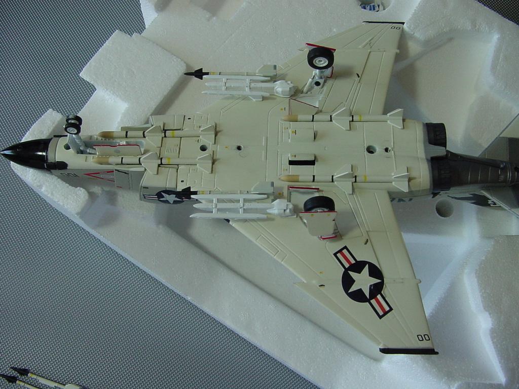 ☆ F-4J ファントム アメリカ海軍 フランクリンミント アーマーコレクション 1/48 ☆_画像8