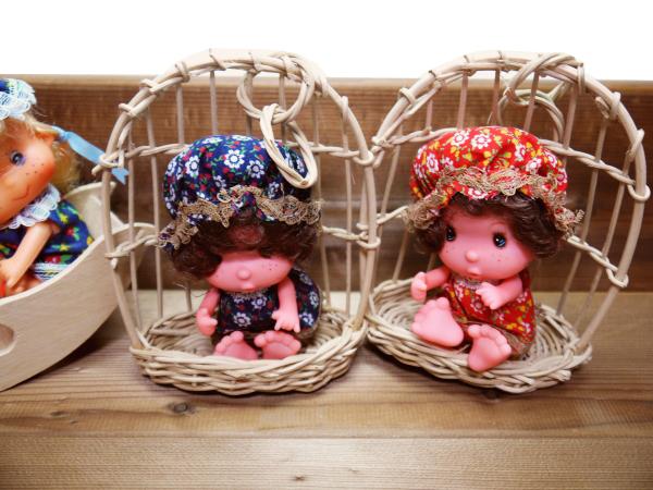 当時物 昭和レトロ ソフビ人形 4個 ブランコ ビンテージ 古い おもちゃ 玩具 レトロ人形 コレクション 年代物 ヴィンテージ 希少 レア_画像3