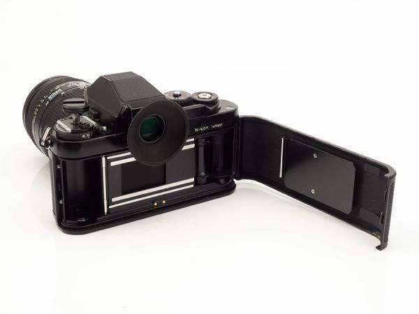 DB042. Nikon ニコン F3 一眼レフフィルムカメラ AF NIKKOR 35-70mm 1:2.8D レンズ付属_画像2