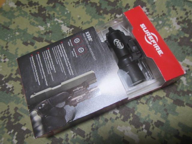 実物 SUREFIRE X300 シュアファイア ウェポンライト