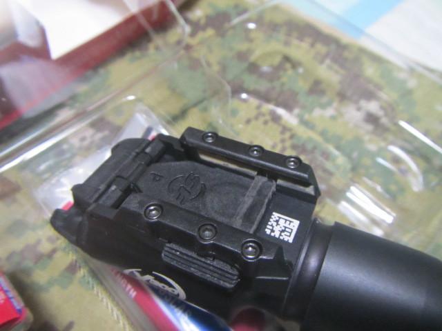 実物 SUREFIRE X300 シュアファイア ウェポンライト_画像6