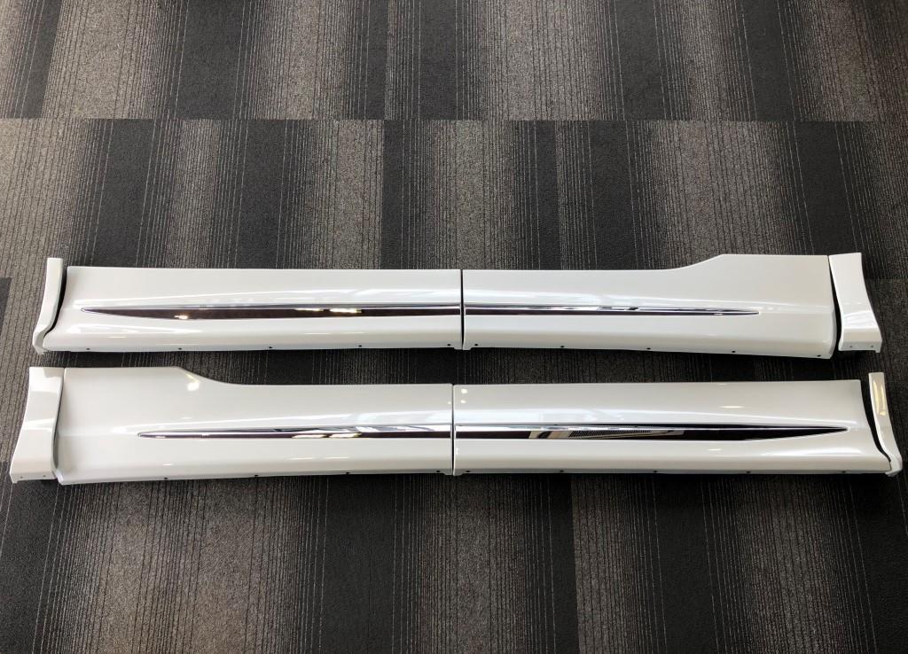 売り切り!!モデリスタ 30系 アルファード/ヴェルファイア用 サイドスカートセット 1台分 ドアパネル マッドガード パールホワイト070