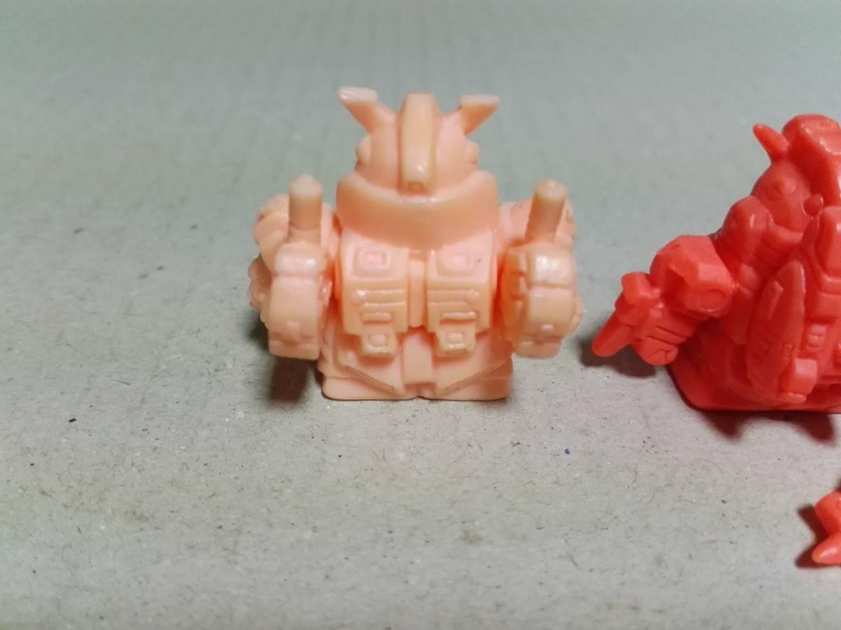 ガン消し SDガンダムワールド本弾 マーク29 水中型ガンダム 量産型νガンダム(インコム装備型) プロトタイプZZガンダム ミニブック付き_画像4
