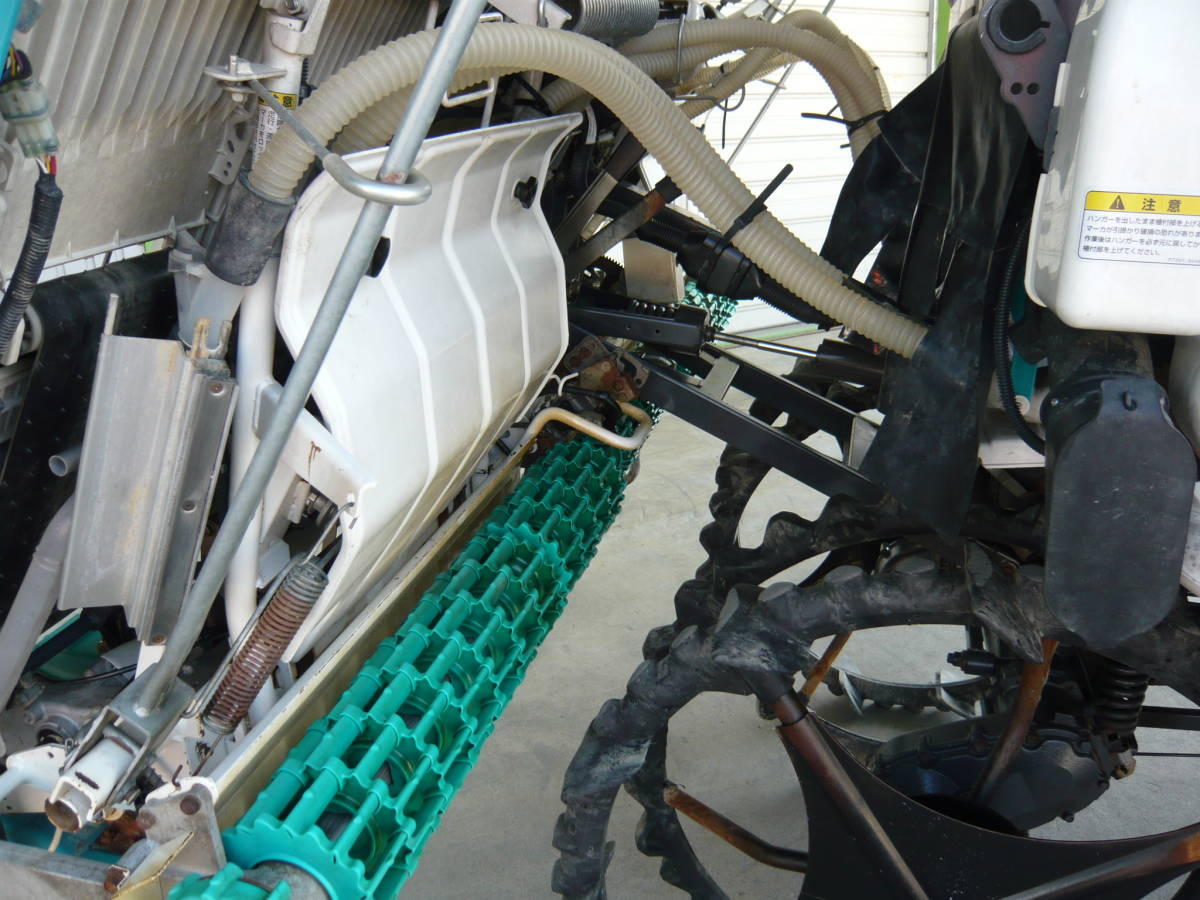 高年式 滋賀発 クボタ 久保田 田植機 乗用 8条 ロータリー EP8D ディーゼル 自動水平 施肥 フル装備 日除け 多目的 _画像4